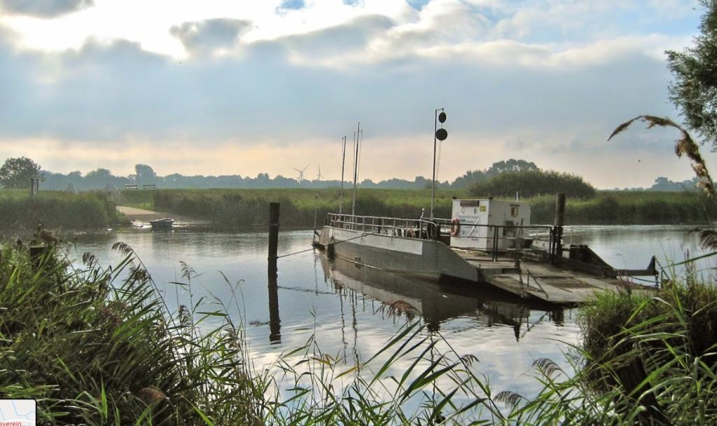 Liegeplätze für Segelboote an der Nordsee Brobergen Prahmfähre